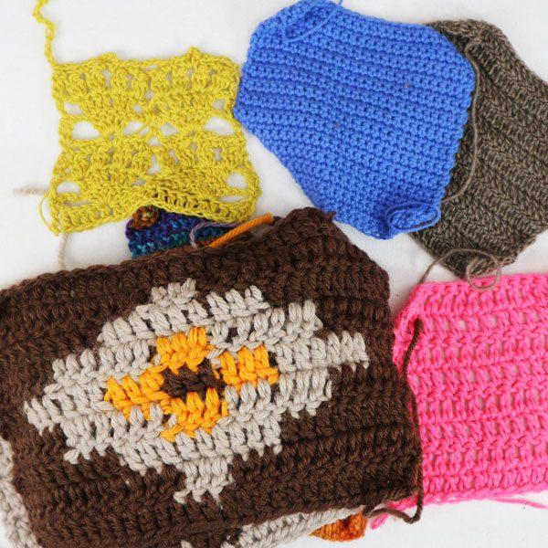 como tejer una muestra en plano en crochet